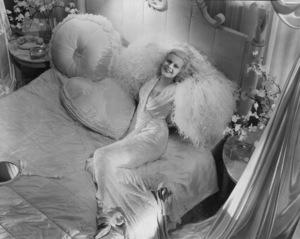Jean Harlowcirca 1935 - Image 0716_0017