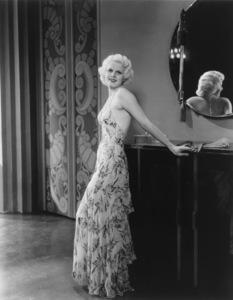 Jean Harlowcirca 1933 - Image 0716_0019