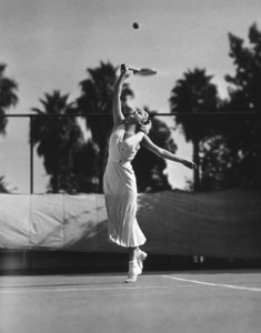 Jean Harlow playing tennis at the Pacific Coast Tennis Clubc.1932Photo by Grimes - Image 0716_0420