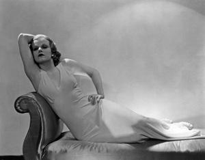 Jean Harlowcirca 1932 - Image 0716_0903