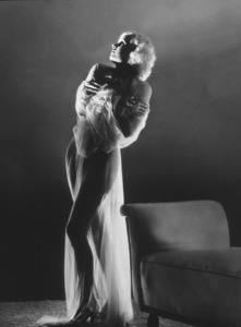 Jean Harlow, 1933.Photo by George Hurrell - Image 0716_0922