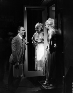 """Jean Harlow and Lee Tracy during the making of """"Bombshell""""1933** I.V. - Image 0716_1300"""