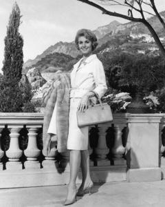 """Shirley Jones in """"Bedtime Story""""1964 Universal** I.V./M.T. - Image 0717_0069"""
