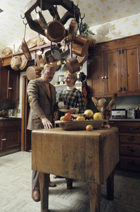 Shirley Jones and Jack Cassidy at home1973© 1978 Gene Trindl - Image 0717_0071