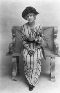 Mary Pickford1913Photo by White - Image 0718_0050