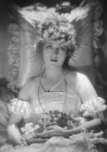 Mary Pickford, c. 1915.Photo by Baron De Meyer - Image 0718_0052