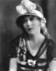 Mary Pickford1919Photo by Hoover**I.V. - Image 0718_1143