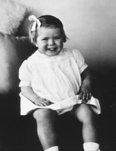 Grace Kelly at 1 1/2 years old.c. 1931 - Image 0724_0117