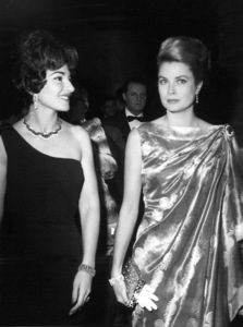 Grace Kelly with opera star Maria Callas at the sporting club in Monte Carlo, 1/17/62.**I.V. - Image 0724_0287