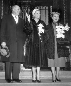 Grace Kelly with parents, Mr. & Mrs. John B. Kelly, 1956.**I.V. - Image 0724_0290