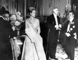 Grace Kelly in Paris with Mr. De Gaulle, Charles De Gaulle,  and Prince Rainier.  1959.**I.V. - Image 0724_0292