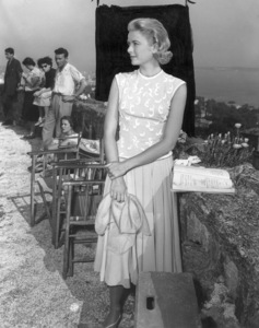 "Grace Kelly behind the scenes of ""To Catch A Thief,"" 1955.**I.V. - Image 0724_0345"