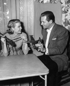 "Grace Kelly with William Holden behind the scenes of ""The Bridges At Toko-Ri,"" 1954.**I.V. - Image 0724_0355"