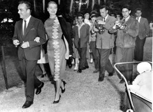 Grace Kelly with husband Prince Rainier strolling in the Bois De Bologne, Paris, 1956.**I.V. - Image 0724_0356