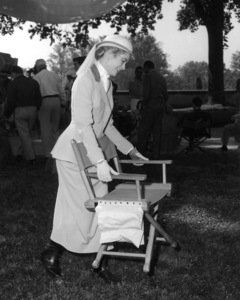 """Grace Kelly in Asheville, N.C. on location for """"The Swan,"""" 1955.**I.V. - Image 0724_0359"""