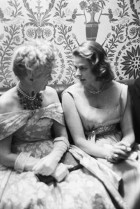 """Ingrid Bergman Party""Hedda Hopper, Ingrid Bergman1959 © 1978 Lou Jacobs Jr. - Image 0726_1076"
