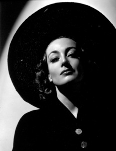 Joan Crawford1936Photo by George Hurrell - Image 0728_0014
