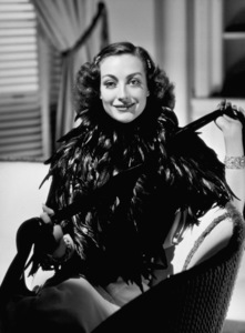 Joan Crawford1933Photo by George Hurrell - Image 0728_0015