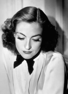 Joan Crawfordc. 1932Photo by George Hurrell - Image 0728_0018