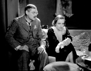 Lionel Barrymore, Joan CrawfordFilm Set/MGMGrand Hotel (1932)Photo by George Hurrell0022958 - Image 0728_0019