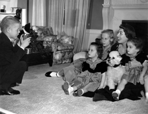 Joan Crawfordat home in Los Angeles with her adopeted children Cindy, Cathy, Christopher and ChristinaC. 1949 - Image 0728_2045