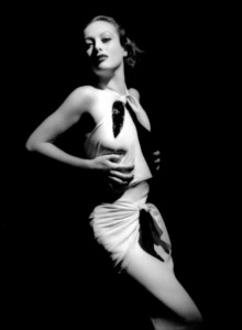 Joan CrawfordMGMLetty Lynton (1932)Photo by George Hurrell0023132 - Image 0728_2161