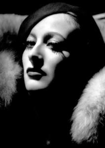 Joan CrawfordMGMLetty Lynton (1932)Photo by George Hurrell0023132 - Image 0728_2162