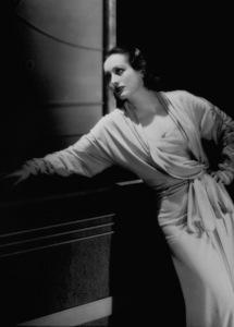 Joan CrawfordFilm Set/MGMLetty Lynton (1932)Photo by George Hurrell0023132 - Image 0728_2168