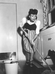 Joan CrawfordAt homeCirca 1948 - Image 0728_2207