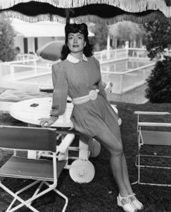 Joan Crawfordcirca 1945 - Image 0728_2234