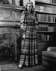 Lauren BacallC. 1947 - Image 0730_0079