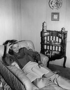 Lauren BacallC. 1947 Warner Bros. - Image 0730_0105