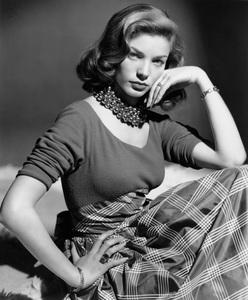 Lauren BacallC. 1945 - Image 0730_0275