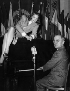 Lauren Bacall and then Vice President Harry Truman1945** I.V. - Image 0730_0541