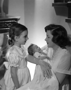 Judy Garland with daughters Liza Minnelli and Lorna Luft (baby) 1953 © 1978 John Engstead - Image 0733_0031