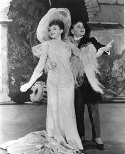 Judy Garland, Mickey RooneyFilm SetStrike Up The Band (1940)0033110MGM - Image 0733_0083