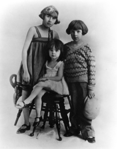 Judy Garland with sisters Virginia and Janec. 1926**R.C. - Image 0733_2152