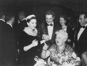 "Judy Garland at the premiere of ""A Star is Born"" with Liberace, 1954 **I.V. - Image 0733_2178"