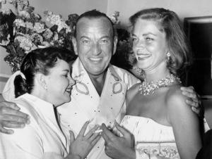 Judy Garland, Noel Coward, & Lauren Bacall after his opening at the Desert Inn in Las Vegas 1955** I.V. - Image 0733_2201