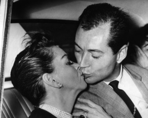 Judy Garland kisses escort and future husband Mark Herron at the airport in London after returning from Denmark1964** I.V. - Image 0733_2251