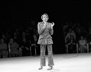 Judy Garland performing at the Westbury Music Fair1967© 1978 Barry Kramer - Image 0733_2302