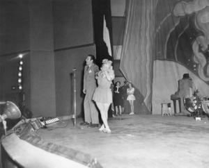 Judy Garland at Camp Robinson1941© 1978 Sid Avery - Image 0733_2315