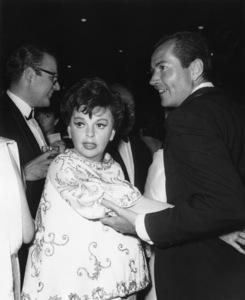 Judy Garland and husband Mark Herron1965© 1978 Joe Shere - Image 0733_2320