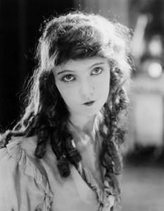 "Lillian Gish in ""Orphans of the Storm"" 1921 UA Photo by Paul Thompson **I.V. - Image 0734_0030"