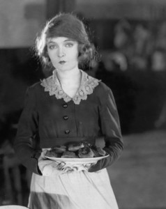 "Lillian Gish in ""Way Down East""1920 UA **I.V. - Image 0734_0031"