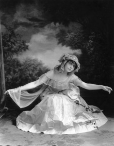 Lillian GishC. 1918, Photo By Witzel, **I.V. - Image 0734_0033