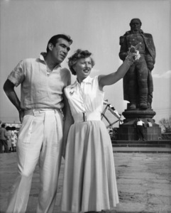 "Barbara Stanwyck and Anthony Quinn on location at Cuernavaca for ""Blowing Wild""1953 - Image 0749_0021"