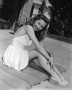 Barbara Stanwyck1945Photo by Bert Six - Image 0749_0611