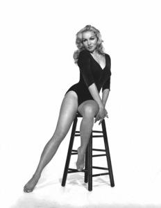 Julie Newmar 1959 ** I.V. - Image 0752_0025