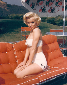 Marilyn Monroeat home in Hollywood, 1952. - Image 0758_0036